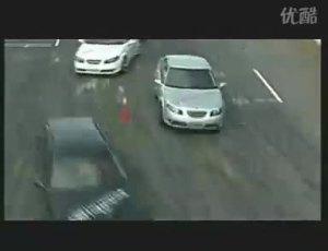 萨博saab性能试驾赛道上萨博车队表演