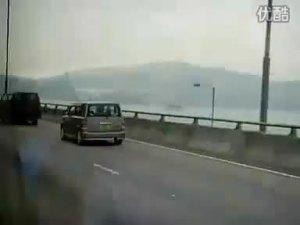 香港街头实拍原版长城小酷熊视频