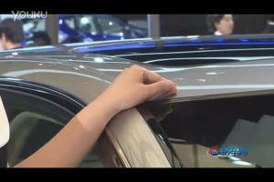 2011上海车展 讴歌RL靓丽模特丰姿尽展