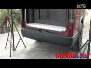 美女车模向您展示丰田海狮改装DJ车