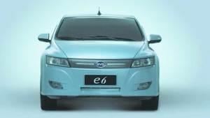 比亚迪E6纯电动汽车 续航里程超过300Km