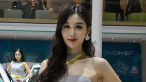 2014广州车展 雪铁龙新C5车模美若天仙
