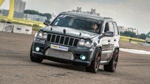 2014直线加速 Jeep火拼盖拉多与GT-R