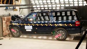 2015款福特征服者 NHTSA正面碰撞测试