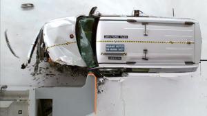 2014款福特Flex IIHS正面25%碰撞测试