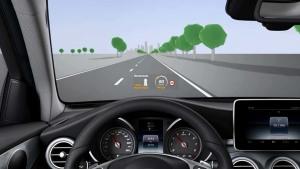 全新奔驰GLC 配备HUD抬头数字显示