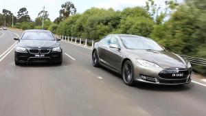 特斯拉Model S vs宝马M5 Nighthawk