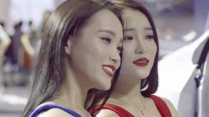 2015广州车展 姐妹花玩转丰田汽车展台