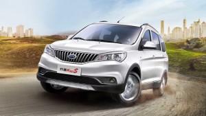 2016款开瑞K50S七座SUV 轴距2755毫米