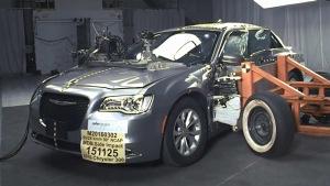 2016款克莱斯勒300  NHTSA侧面碰撞测试