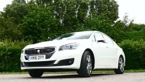 2016款标致508 GT 百公里综合油耗4.4升