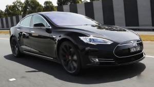 特斯拉Model S P90D 电动汽车标杆