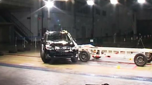C-NCAP碰撞测试 2016款斯巴鲁VX获4星