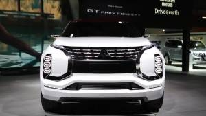 三菱GT-PHEV概念车 设计大胆神似极光