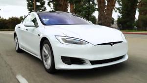 2016款特斯拉Model S 取消前进气格栅
