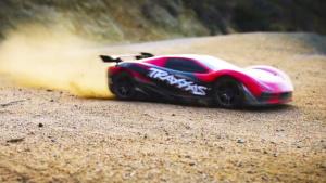 世界最快遥控超跑Traxxas XO-1峡谷狂飙