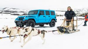 不惧严苛路况 Jeep牧马人竞速滑雪达人
