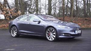 特斯拉Model S 车载系统界面一流