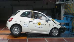 全新菲亚特500小型车 E-NCAP碰撞测试
