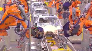 工厂探秘 宝马X5/X6机器人组装线曝光