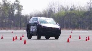 上汽大通D90极限测试 全尺寸互联网SUV