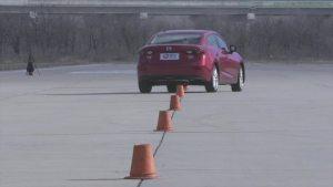 马自达3昂克赛拉 绕桩测试道路实测