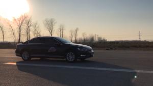 大众迈腾基础性能测试:百公里加速、刹车、蛇形绕桩