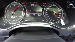 真·西装暴徒 奥迪RS7 750马力 0~325公里的最高速度