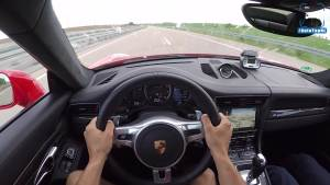 750马力保时捷911 Turbo S德国高速极速狂飙340km/h!