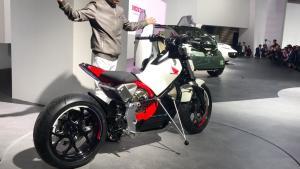 东京车展上几款奇葩摩托车