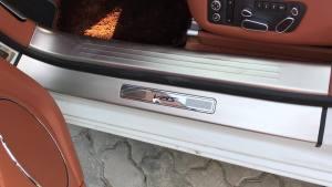 平行进口车18款宾利飞驰4.0T V8S家族式整体风格大气