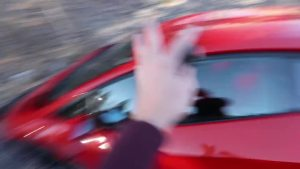 开着兰博基尼Aventador去撒野 开到土路上后悔了