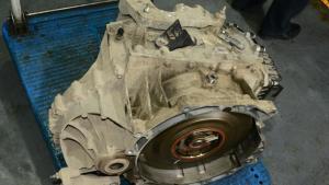 沃尔沃V60 V70跑了6到12万公里变速箱漏油  大修