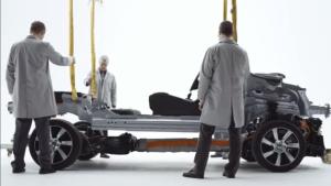 超创意短片告诉你沃尔沃XC60自2013到2018的发展史