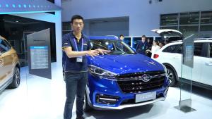 天津一汽首款紧凑型SUV 骏派D80亮相北京车展