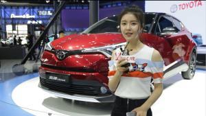 【2018北京车展】丰田奕泽、C-HR车展小霸王