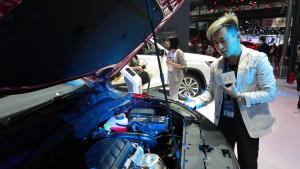 荣威RX3到底买1.3T还是1.6L的?实车测评