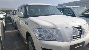 天津港自贸区18款日产途乐4.0XE中东版越野车报价