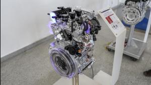 东风风神1.0T发动机怠速