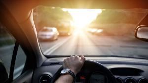 一分钟看懂车评人口中的驾驶感!看到最后一句我笑了
