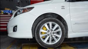 丰田卡罗拉改装德国TEI RacingP40S大四刹车套装