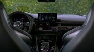 造型帅气 实拍奥迪RS 4 Avant