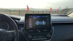 抢鲜看:全新一代丰田卡罗拉1.8L双擎版内饰变化