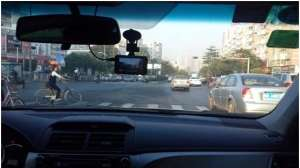 车辆安装行车记录仪属于违规行为?听听交警的解释