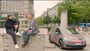 德国队教练勒夫与大众CEO赫伯特·迪丝畅聊ID.3