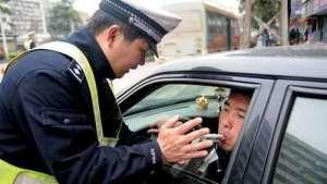 交警早上查酒驾合理吗?网友说出了大实话