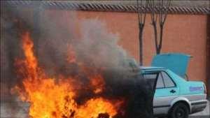 预防汽车自燃   夏季高温时这样加油大错特错!