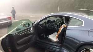 抢鲜看豪车:极星Polestar 1无框式车门
