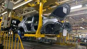 一分钟看造车 荣威RX5 PLUS工厂探秘