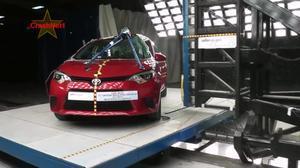 2014款丰田卡罗拉 侧面柱形碰撞